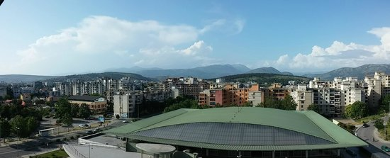 Ramada Podgorica: Panoramic view from the hotel top floor - near dining area
