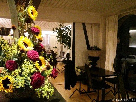 Damindra: flores naturales