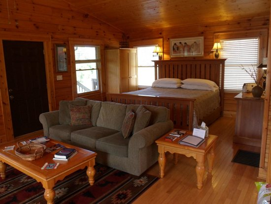 Engadine Inn & Cabins: Clean, Comfortable Cabin