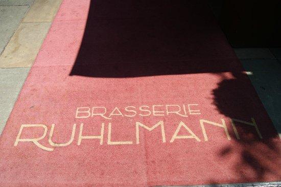 Brasserie Ruhlmann: outside