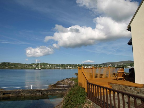 Waters Edge Accommodation : view over bay of Schull