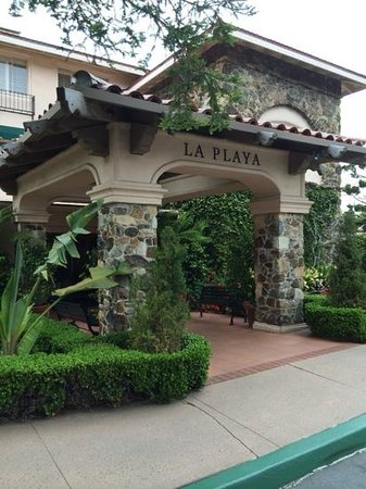 La Playa Carmel: nice entry