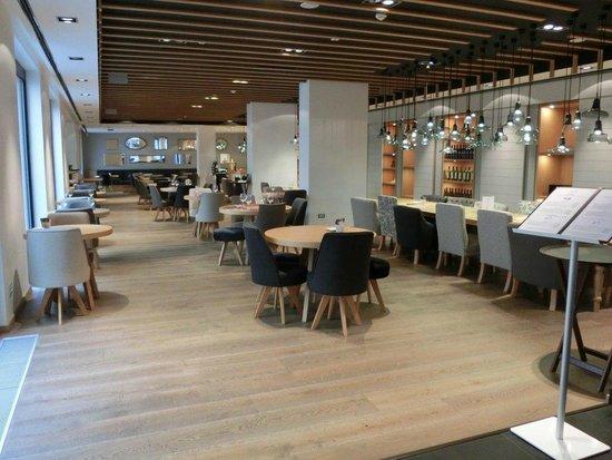 Hotel UNIC Prague : Café / Restaurant / Breakfast area