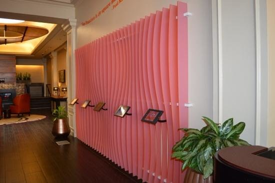 Hotel Abri: ipad wall in lobby - very nice touch
