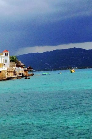 Paddle Board Jamaica: view while paddle boarding in Montego Bay!