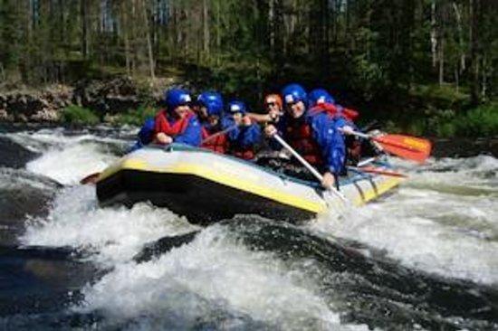 Basecamp Oulanka: Whitewater rafting