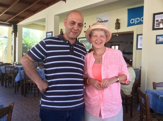 """To Kati Allo: Greek """"lessons"""" with Manolis .. in between courses!"""