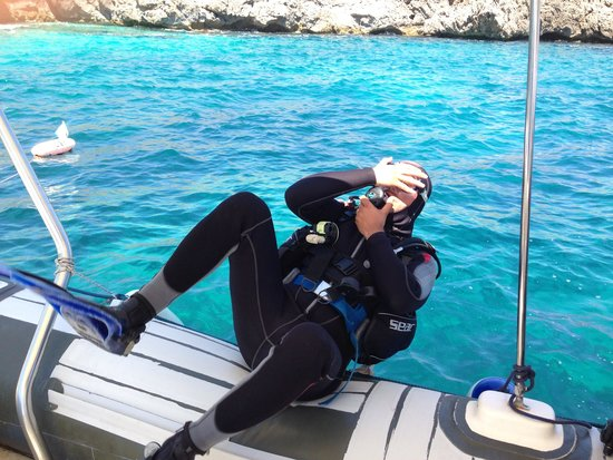 Under Hundred Diving: Torre sotto monte Monaco
