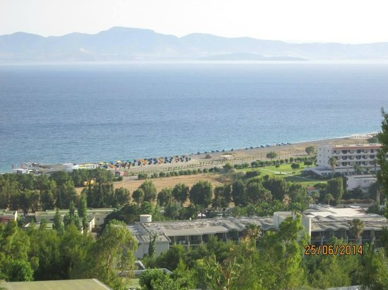 Kipriotis Aqualand : view of a beach from our room