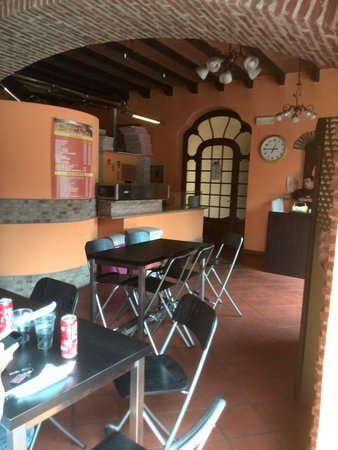 Vitantonio' s pizza: VISTO DA DENTRO1