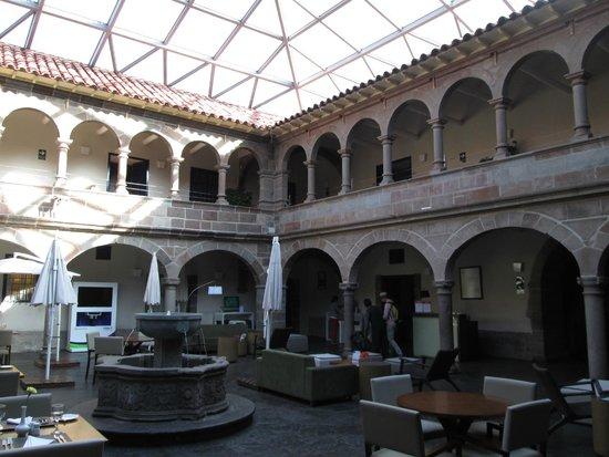 Novotel Cusco: Cusco Novotel Lobby Atrium