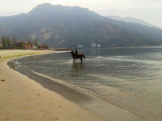 O Ezaro, Hiszpania: Vista de la playa