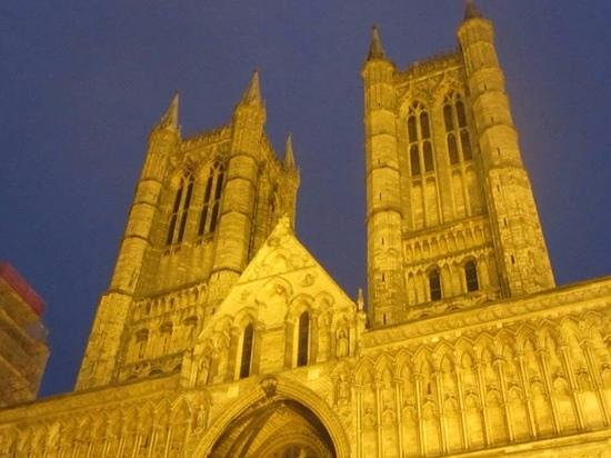 Bail House & Mews: a short walk to the magnificent lincoln cathedral