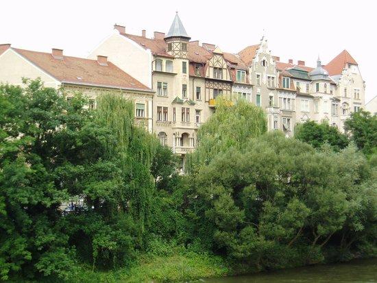 Schlossberg Hotel: ムーア川の景色