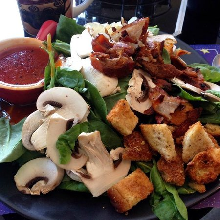 The Forklift Cafe: Spinach and bacon salad w/ homemade hot bacon dressing - huge portions!