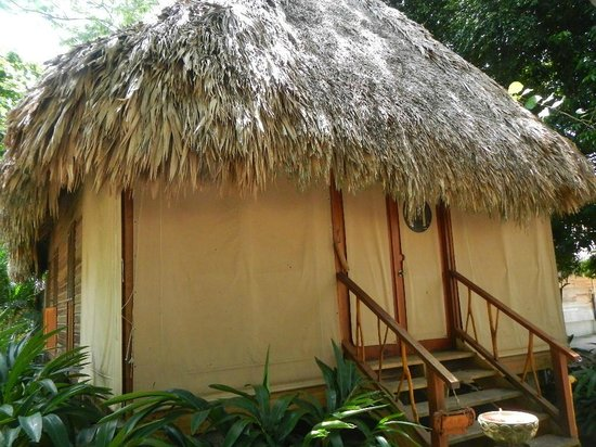 Turtle Inn: One of the cabanas with the privacy curtains closed