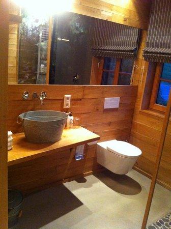 bathroom downstairs bild von bergdorf liebesgr n schmallenberg tripadvisor. Black Bedroom Furniture Sets. Home Design Ideas