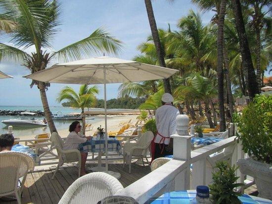 Coco Reef Tobago : Beach Bar/Restaurant