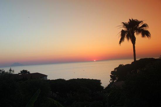 Villaggio La Pizzuta: veduta dalla piscina