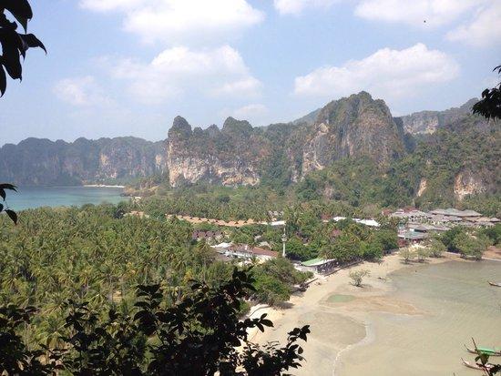Rayavadee Resort: 40分、山を登って行くとラヤワディが一望出来ます。
