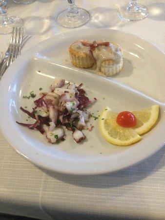The Free Beach Club: Un antipasto al Moby Dick servito al tavolo la sera