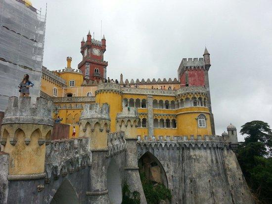 Palacio Nacional de Sintra: EINGANGSBEREICH