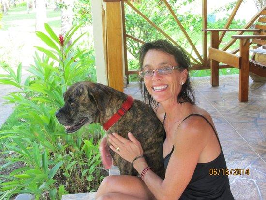 Hooked On Panama Fishing Lodge: Te, my favorite dog of the resort!