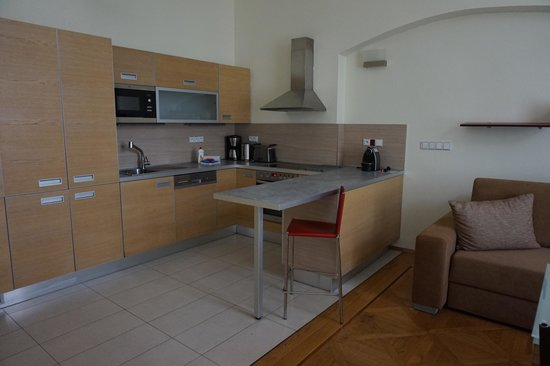 Residence Karolina - Prague City Apartments : kitchen
