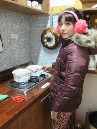 Bangrang Hostel: ต้มไข่กินเป็นอาหารเช้ากันค่ะ
