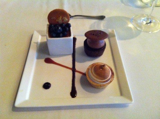 Cafe Ponte: Dessert Trio