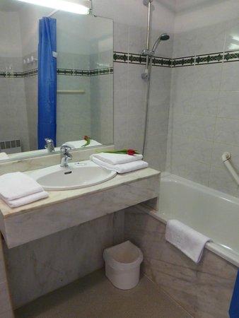 Résidence Mer & Golf Le Boucanier : Salle de bains