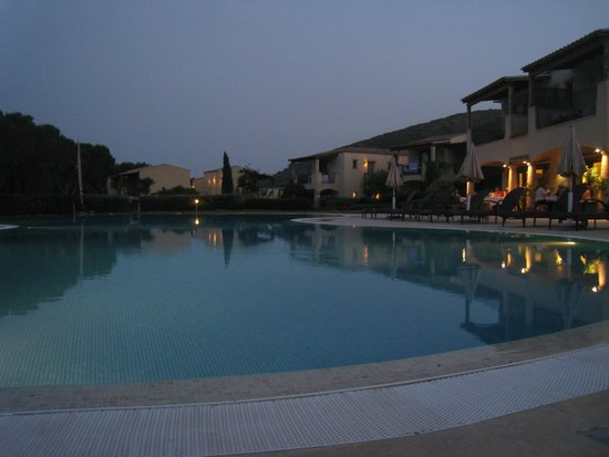TUI SENSIMAR Matta Village : Cœur de l'hôtel le soir