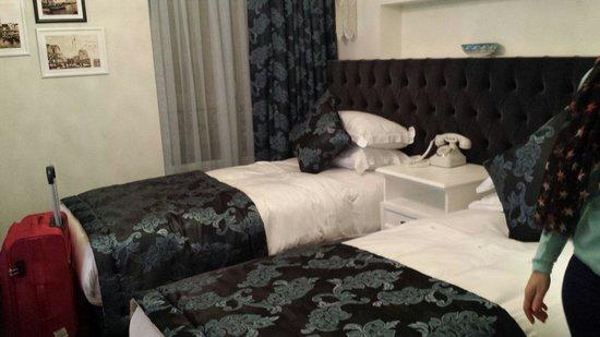 Nexthouse Pera: Twin room
