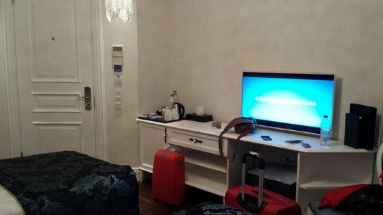 Nexthouse Pera: Room 102