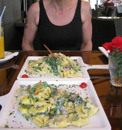 Restaurante-Pizzeria Don Camilo : Delicious pasta - Verde Tortilini for me and Verde Tagliatelli for my wife.