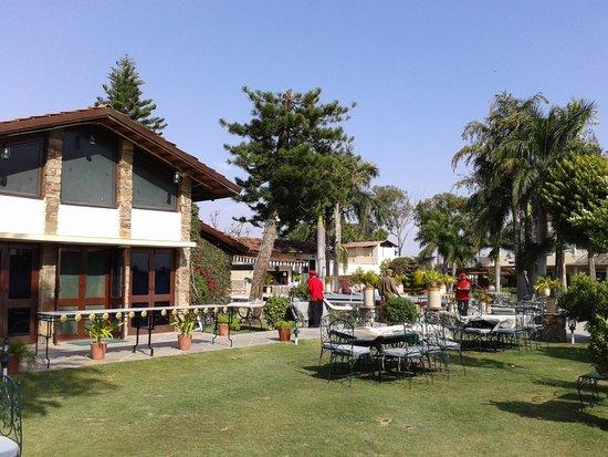 Restaurant at Shikarbadi