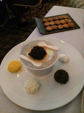 Caviar service, 30 oz