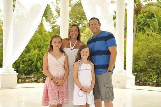 Hilton Anaheim: family photo