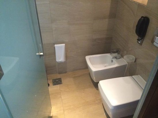 Fairmont Bab Al Bahr : Bathroom