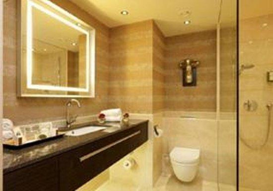 Land & Golf Hotel Stromberg: Badezimmer Kategorie Komfort