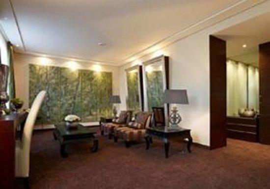 Land & Golf Hotel Stromberg: Superior Suite