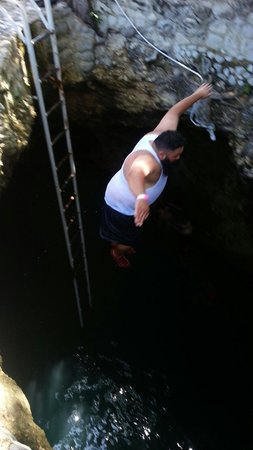 Blue Hole Mineral Spring : Had a great time at the Blue Hole!!! I jumped twice.. but was very nervous the first and second
