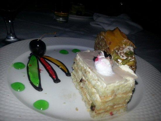 Sea Star Beau Rivage : Nachtisch beim Italiener