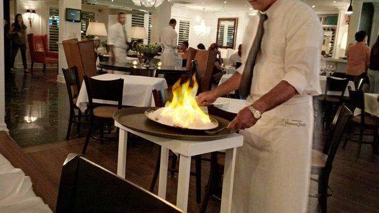 SBG Santo Domingo: Salt-encrusted fish set aflame - the result was EXCELLENT!