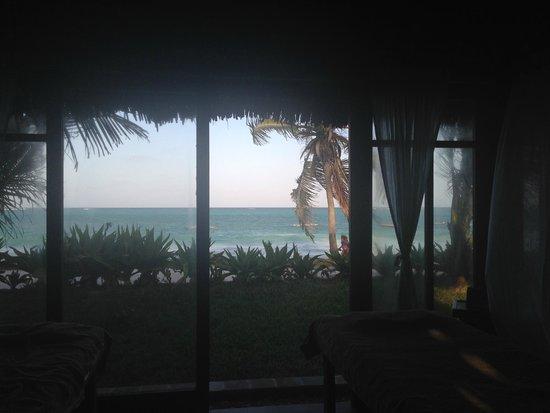 Dongwe Club: Zona massaggi vista mare: relax puro!