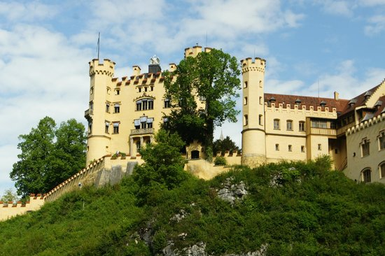 Johns Bavarian Tours: Castle