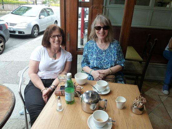 Brownes: Chatting over the tea cups