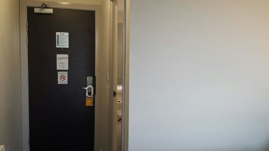 Travelodge Cambridge Newmarket Road: Room