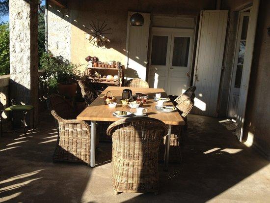 Villa Saint Patrice : Le petit-déjeuner