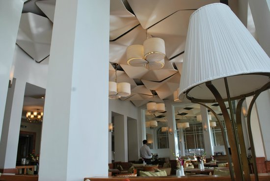 Vivanta by Taj - Malabar: the coffee shop